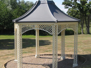 <p>One of our standard faux-lead Gazebos, elegantly standing in acres of parkland in Suffolk. </p>
