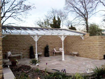 <p>An alcove setting for this 9 metre long Verandah in Yorkshire, creating a really special outdoor area.</p>