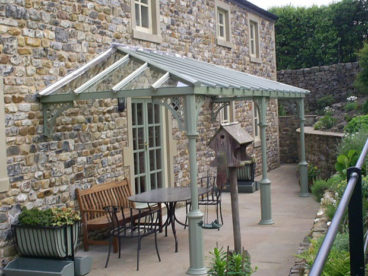 <p>A beautiful V8 columned Verandah, with Lattice quarter arches, in Lancashire. </p>