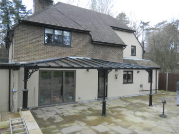 <p>A double-hipped roof, 7.5m x 3m deep in Surrey.</p>