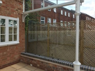 <p>This shows the toughened glass screens to the side of the Verandah</p>