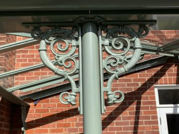 <p>Here is the first installation using our scroll quarter arch, added to our range in 2019. </p>