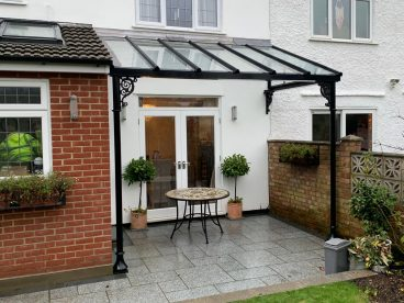 <p>This stylish area was created at the rear of this character property for our clients in Essex in February 2021. Using our trumpet columns and scroll quarter arches, finished in elegant black this provides an elegant and useful space all year round. </p>